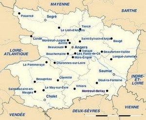 Carte du Maine-et-Loire avec les principales agglomérations.png